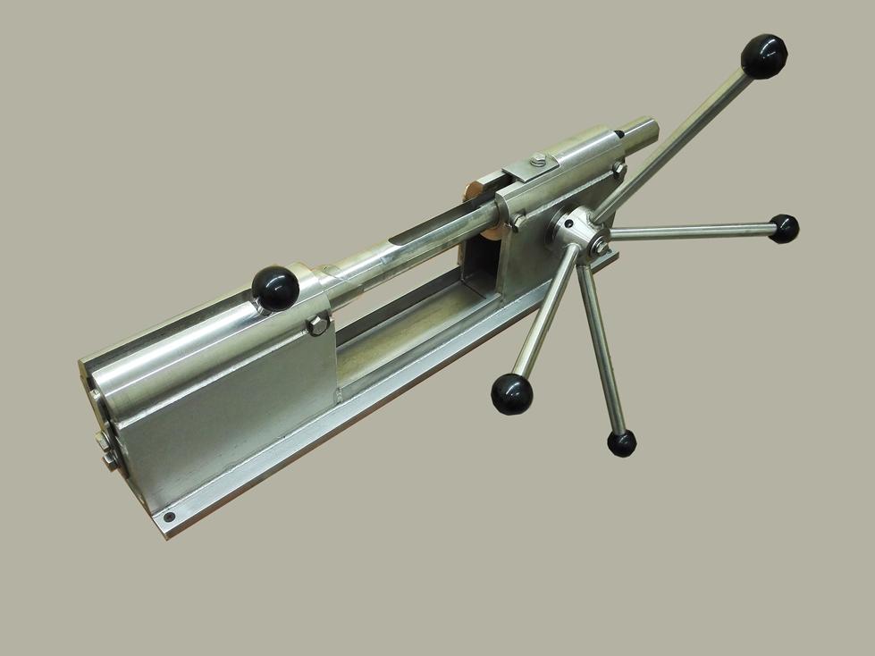 устройство для механической обвалки окорочков